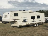 2006 Monaco Coach Holiday Rambler 30 Ft T/A Fifth Wheel Travel Trailer