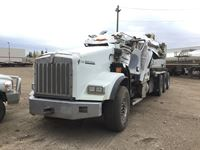 2014 Kenworth  Tri Drive Winch Truck (Damaged Roll Over)