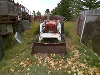 1957 International  2WD Acreage Loader Tractor (running)