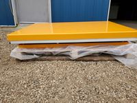 (1) New Hydraulic Lifting Table (Choice of 2 Colours)