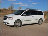 2014 Chrysler Limited Town and Country Van