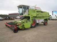 Claas Dominator Series 139 Combine