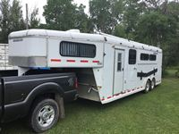 2002 Southland  24 Ft G/N T/A (4) Horse Trailer