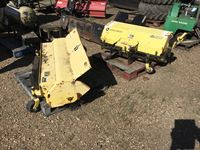 John Deere 51 Q/A Broom & John Deere Sweeper