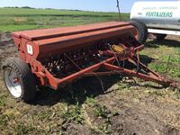 International 10 12 Ft End Wheel Drill