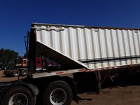 1999 Doepker T/A Rear Trailer of a Super B Grain Trailer