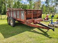 International IH 275 Tandem Manure Spreader