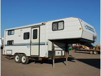 1997 Prospector PW230 5th Wheel Camper Trailer