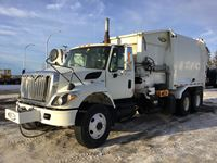 2009 International 7400 T/A Right Hand Drive Garbage Truck