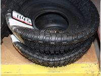 (2) Tire Lawn Tractor