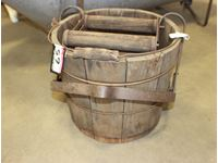 Wooden Mop Pail with Wringer