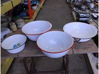 Enamel Pot And Bowls
