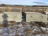 (10) Concrete Barricades (new)