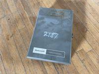 21IE0254-010-1_s.jpg
